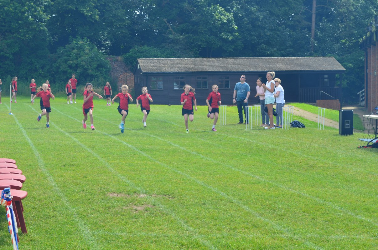 100m race at Middle School Sports Day