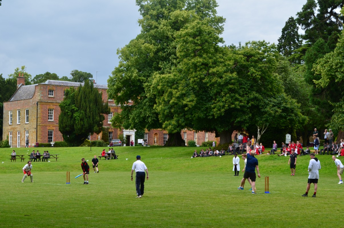 Staff vs Students Cricket Match