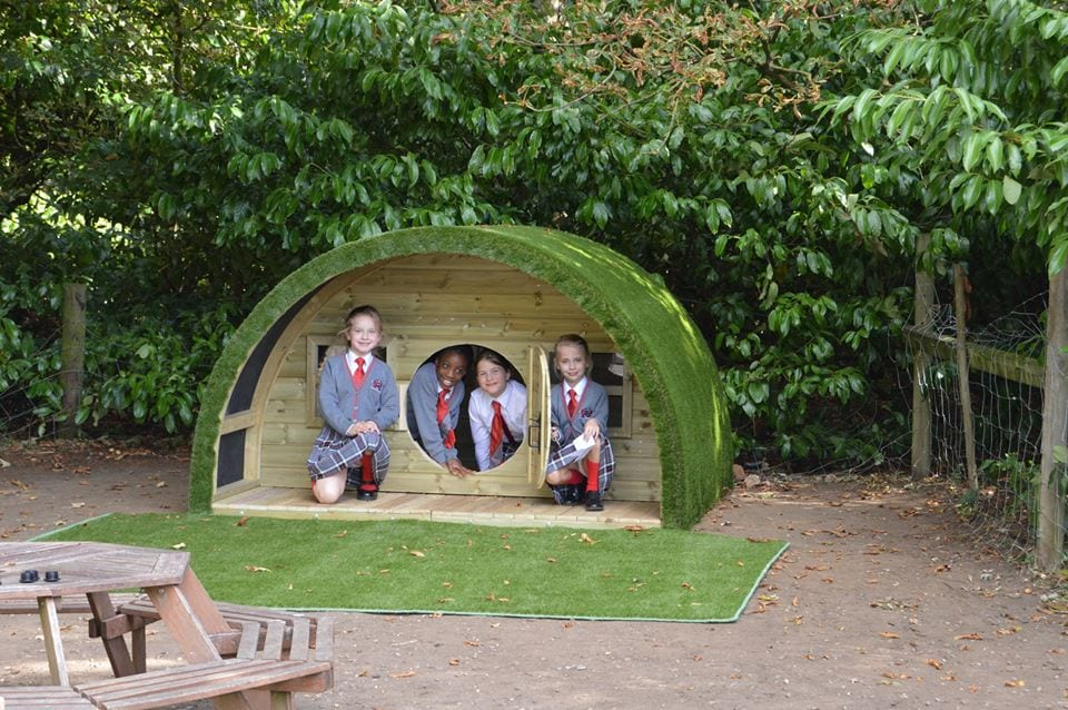 QHS pupils enjoy green field igloo